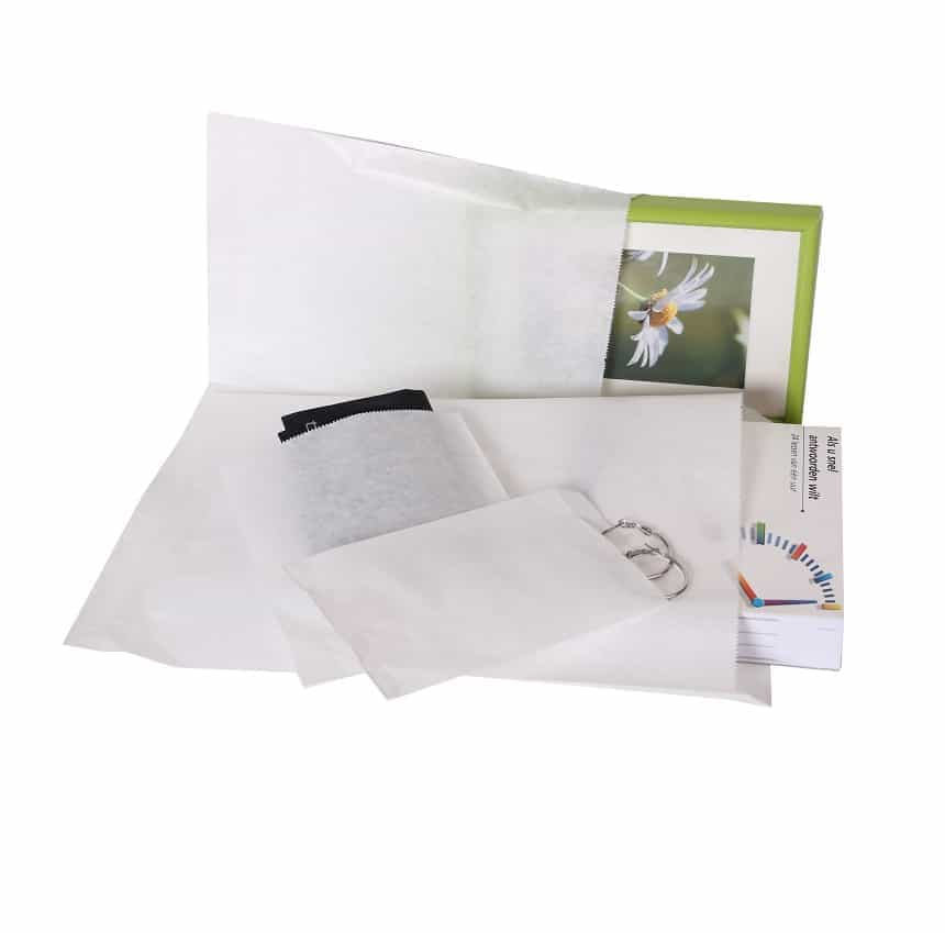 white paper bags different sizes