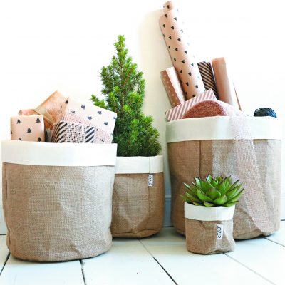 Jute bag with linen edge plants and gifts brochure page 22